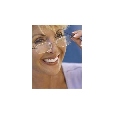 1131103565_olderwomanwithglasses_3864_2577x3313