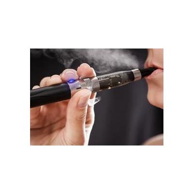 0845495248_e-cigarette_4129_3821x2781