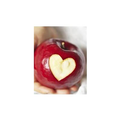 0926292627_heart%20health%20apple_4137_1466x1885