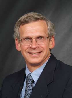 Dr. Michael Yunker
