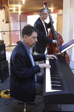 Philip Gruppuso at the piano