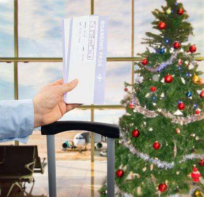 airport Christmas tree