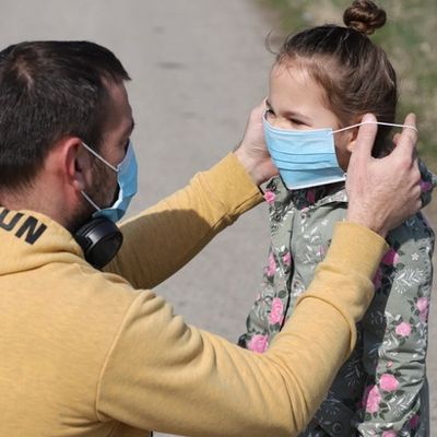 back-to-school mask father-daughter