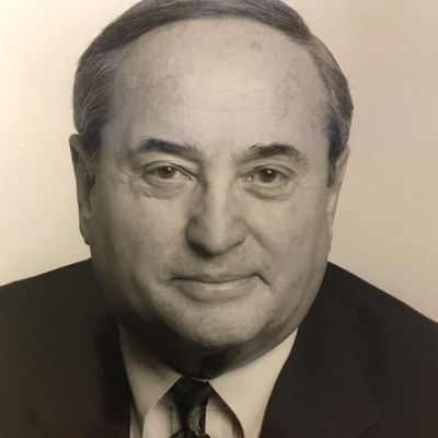 Irwin Frank, Leading Urologist, Dies at 93