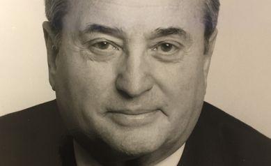 Irwin Frank, Leading Urologist, Dies at 93