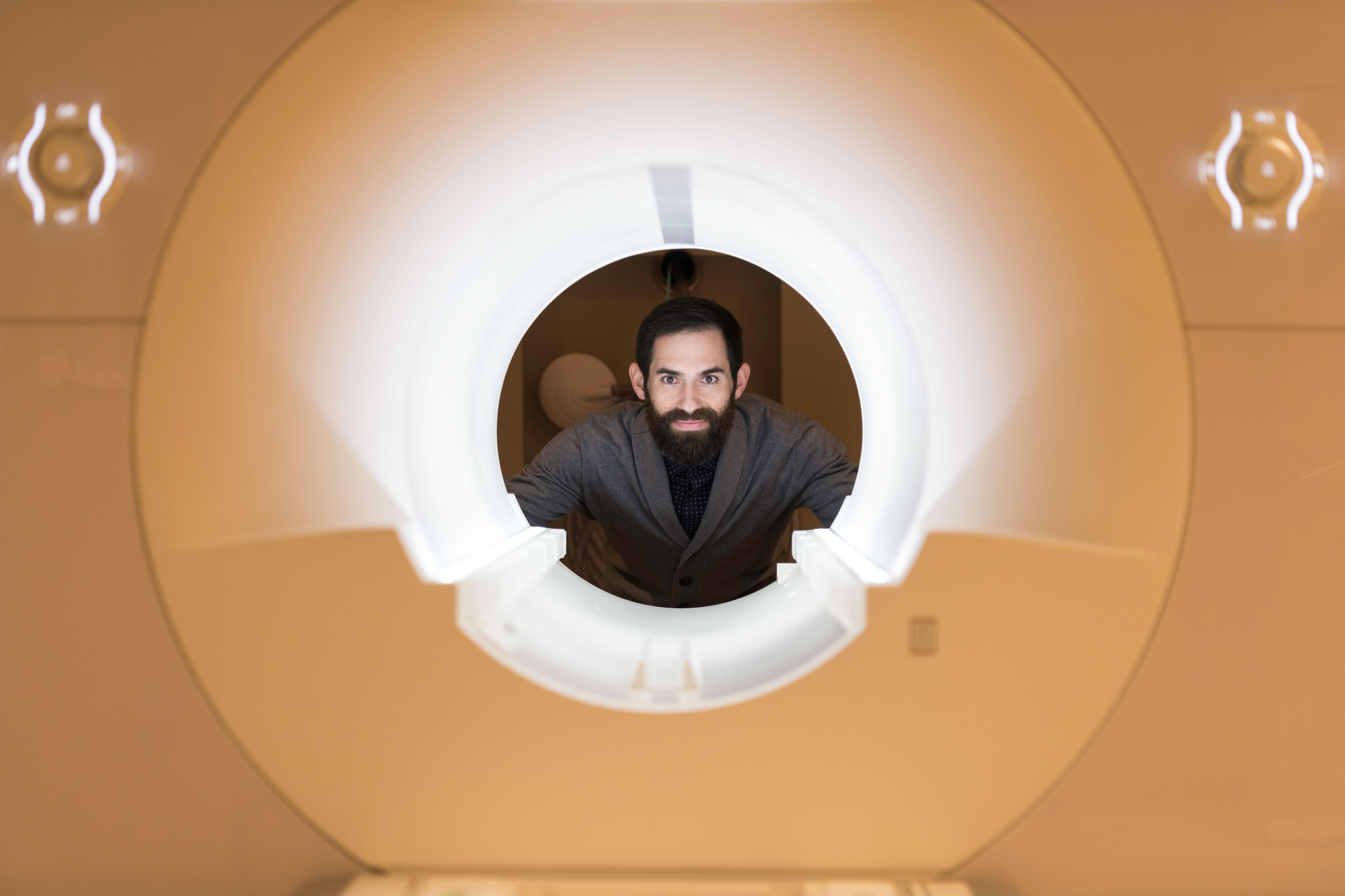 David Dodell-Feder in MRI