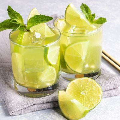 Green Tea Cooler with Papaya, Ginger and Lime