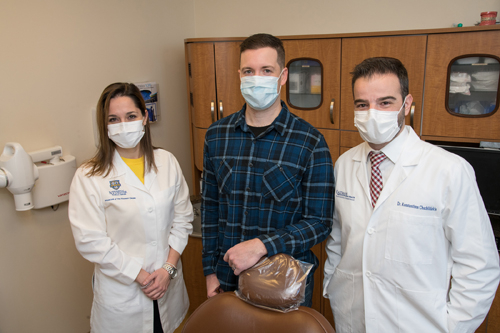 Jeff pictured with his two specialists, Dr. Tsigarida and Dr. Chochlidakis