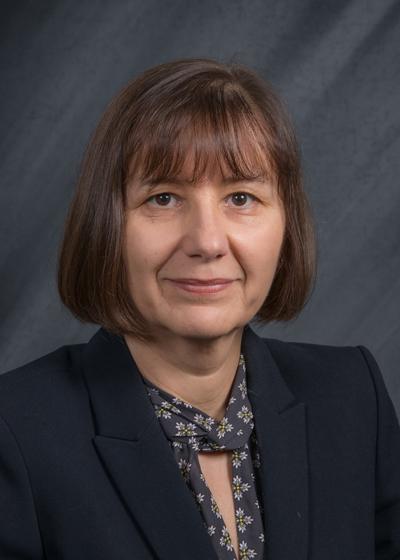 head shot of Dr. Kopycka-Kedzierawski