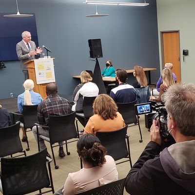 John Foxe, PhD, announces study at Mary Cariola Center during press conference.
