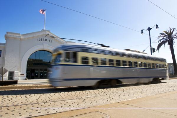 Exploritorium_streetcar