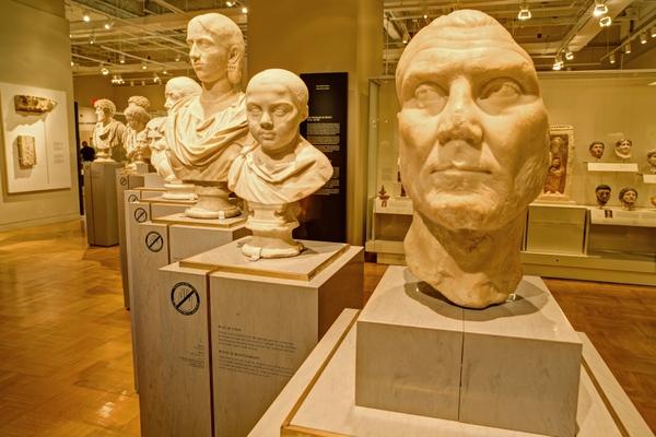 RoyalOntarioMuseum_interior5