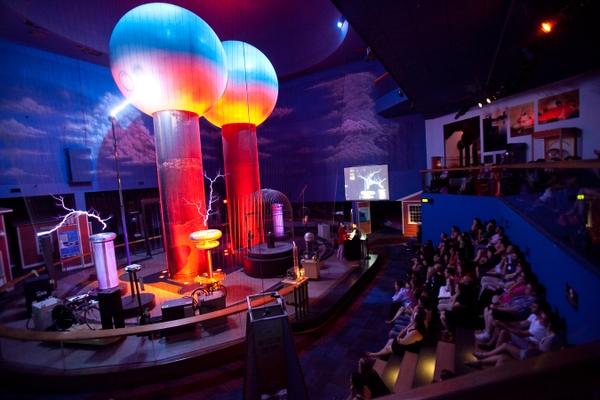 MuseumofScience-theaterofelectricity