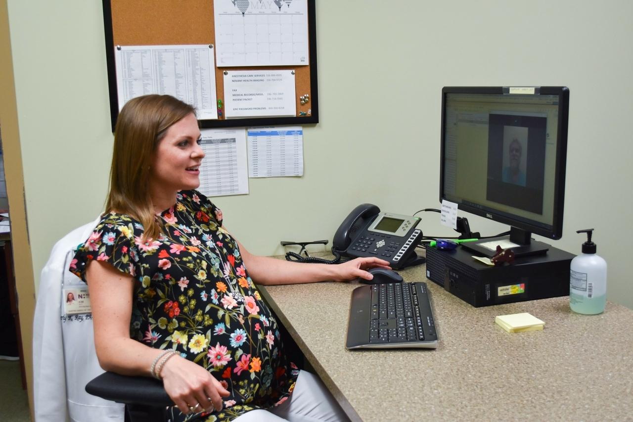 Las populares visitas de video reducen las visitas al consultorio de las futuras mamás