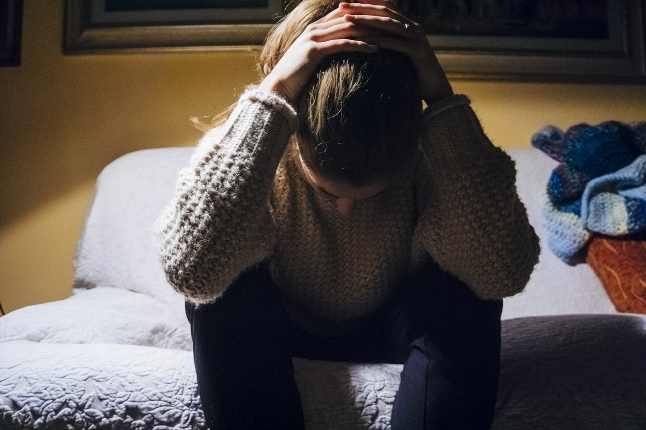 Todos podemos ayudar a prevenir el suicidio. Un terapeuta explica cómo.