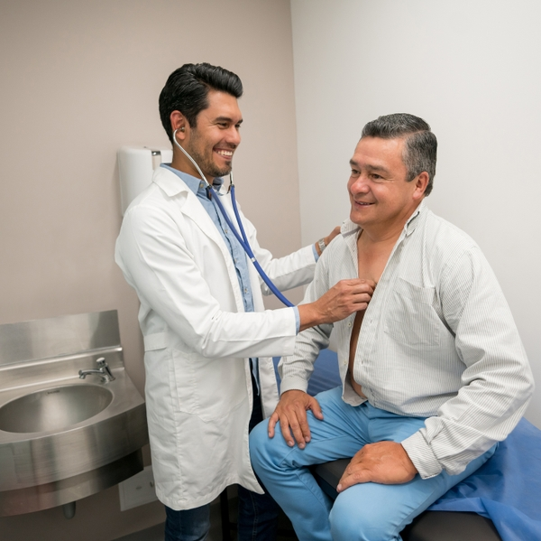 UNUSED - Latino with Doctor_GettyImages-960073102