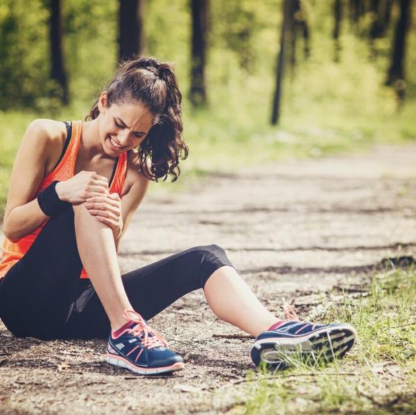 woman running injury