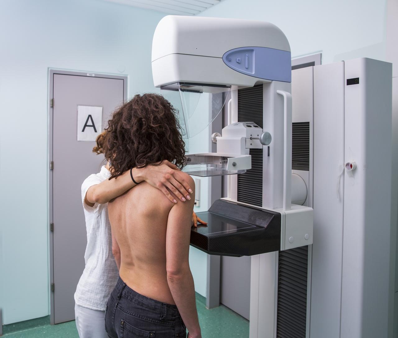 Cómo programar su mamografía alrededor de la vacuna del COVID-19