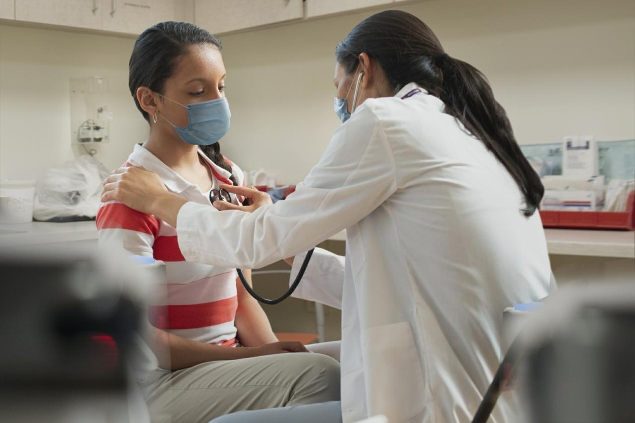Los adolescentes y las vacunas: Nuevo requisito para los estudiantes de las escuelas de Carolina del Norte
