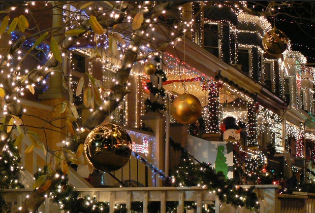 Miracle on 34th Street in Hampden 2006 by Sneakerdog