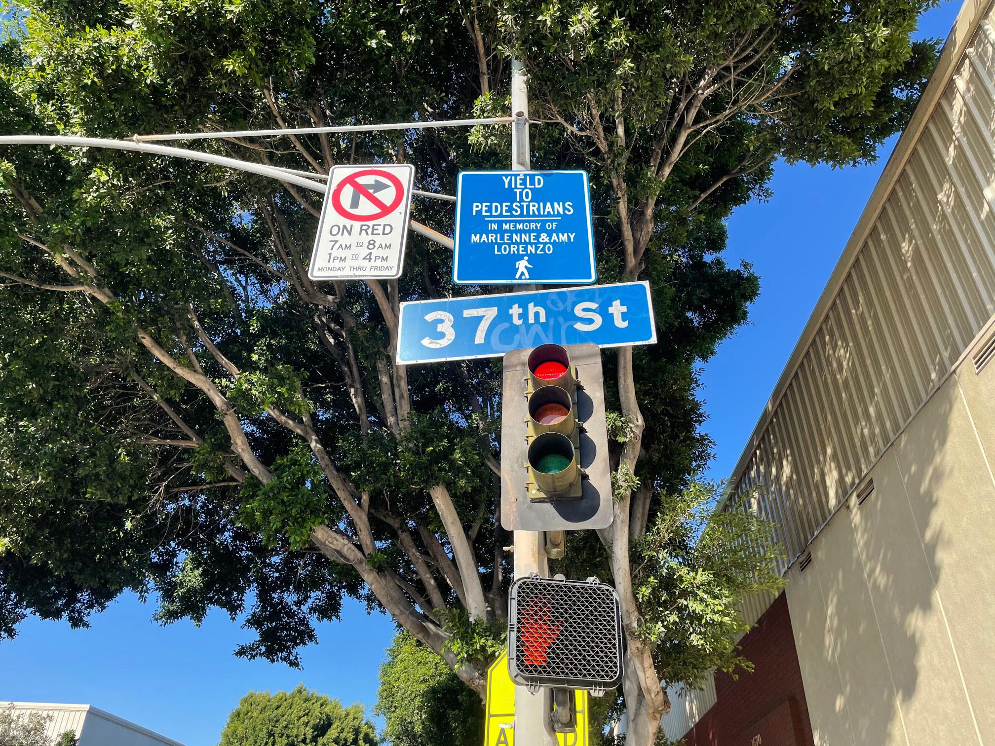 Memorial pedestrian sign 2