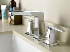 ROHL's Vincent Series Knows How to Work a (Bath) Room