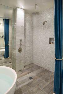 Fairmont Miramar Bungalow One - Master Bath