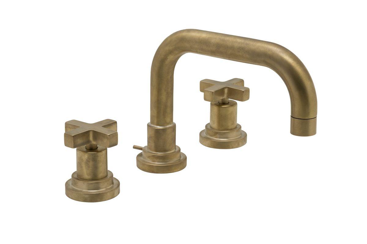 ROHL Italian Lombardio Widespread Bath Faucet_A2218XM_in_Satin_Unlacquered_Brass_SUB_silo_2100x1400_300_RGB