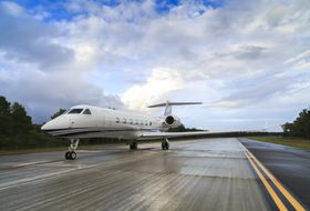 Gulfstream G550 Ground 3