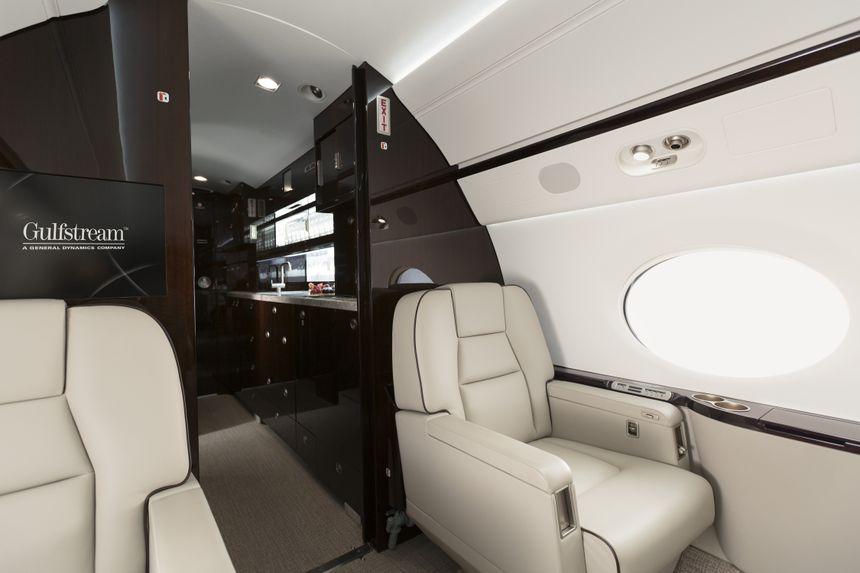 Gulfstream G550 Interior 5