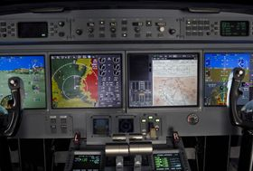 Gulfstream G550 Flight Deck 001