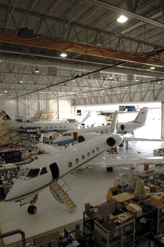 Gulfstream Product Support Service 2