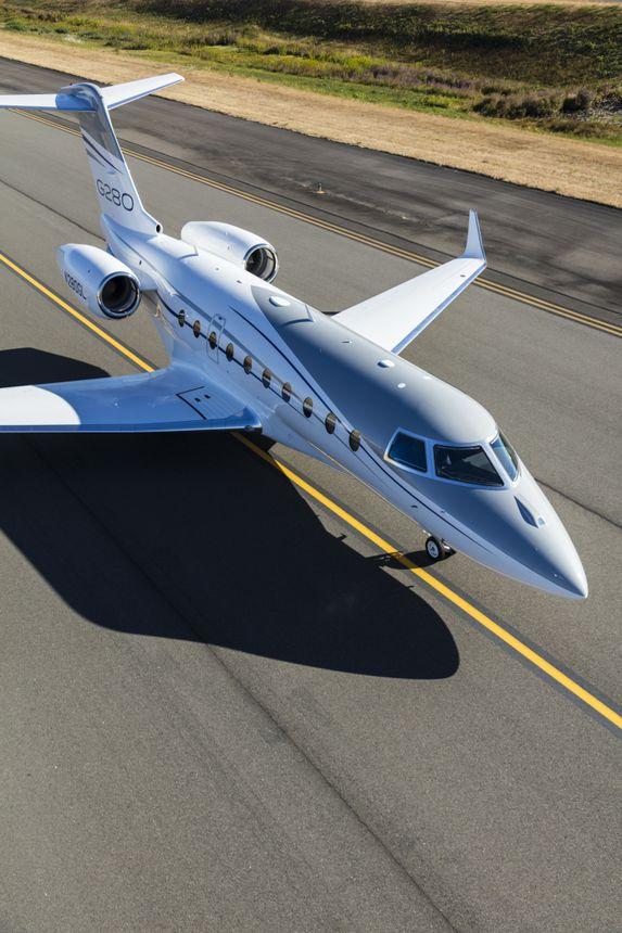Gulfstream G280 Ground 1