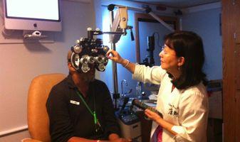 VSP provider Helen Kwong, OD, examines a veteran