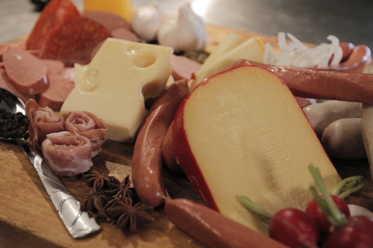 Cheese and deli meat tray