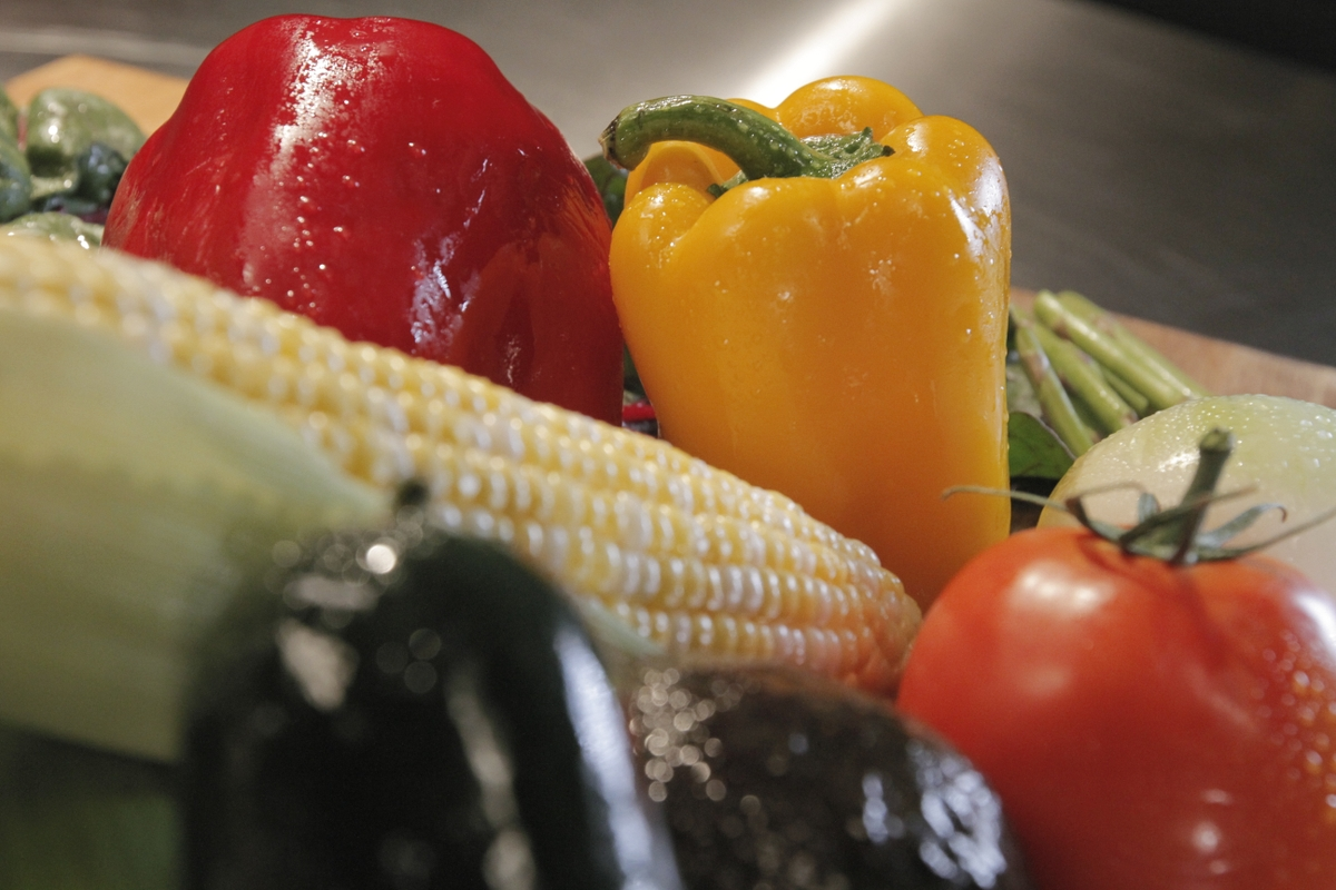 Corn, bell pepper, tomato