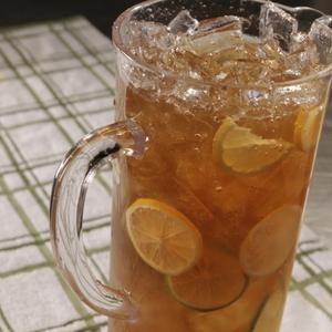 Iced tea pitcher with lemon