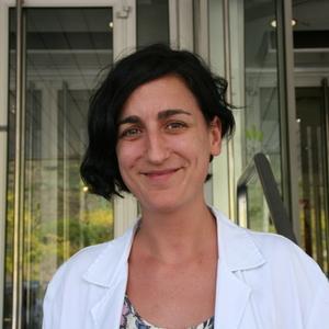 Elena López-Cancio, M.D., Ph.D. - ISC16 Poster W P27