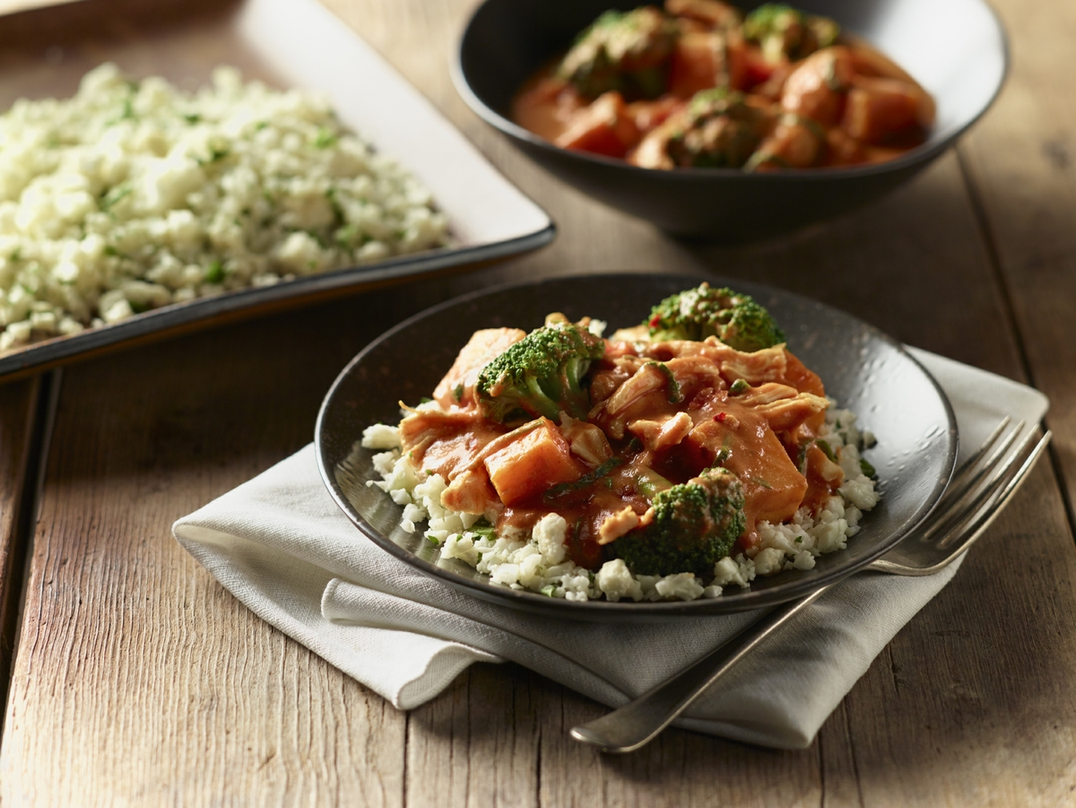 Slow-cooker panang curry with chicken cauliflower rice