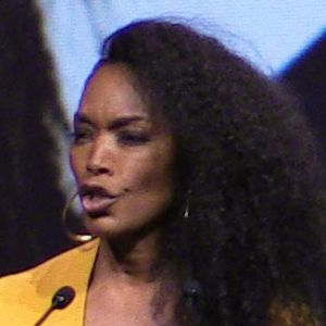 Angela Bassett addresses SS18 attendees