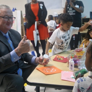 Jim Kenney, Mayor of Philadelphia joins pre-K class