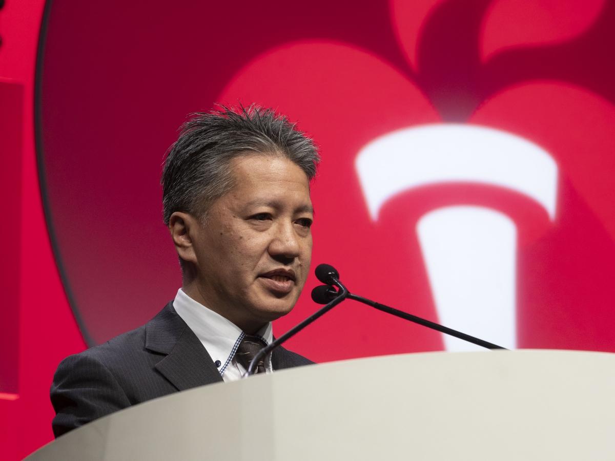 Hiroshi Yamagami, M.D., Ph.D.,presents LB 21
