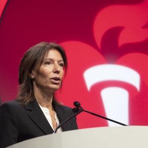 M. Cecilia Bahit, M.D., presents LB 22