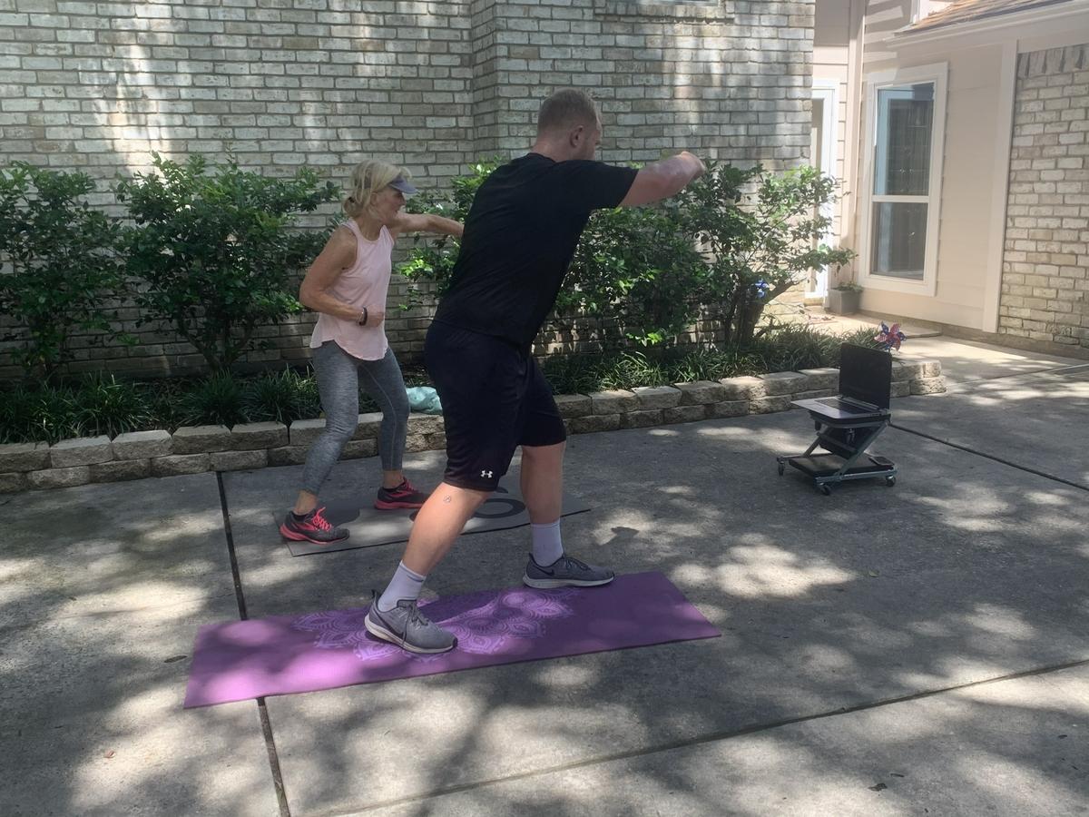 Kickboxing virtual workout
