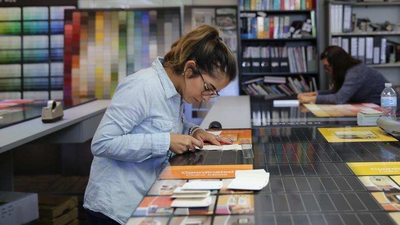 L'emploi de rêve: Peinture Behr offre 10 000 $ à un passionné de couleurs pour voyager et nommer des nouvelles couleurs de peinture