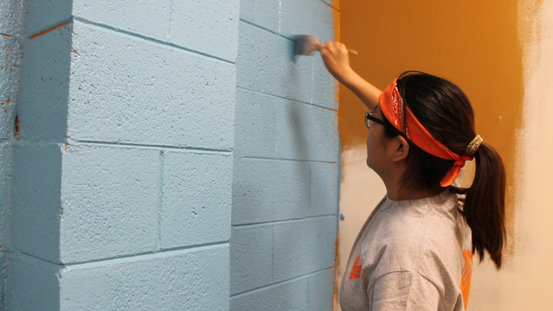 behr-cares-volunteers-05