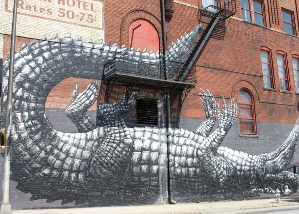 Roa Reptile - Downtown