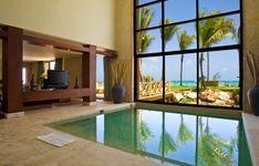 Island Suite Pool 002