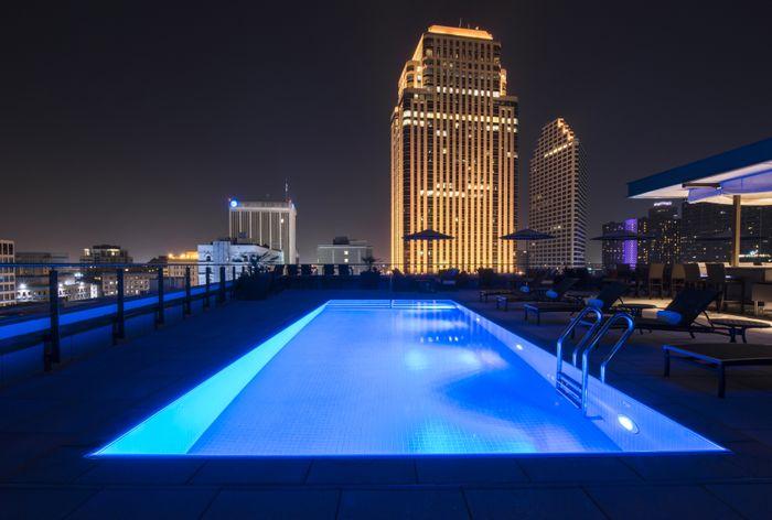 NOPSI Evening Pool-Bar