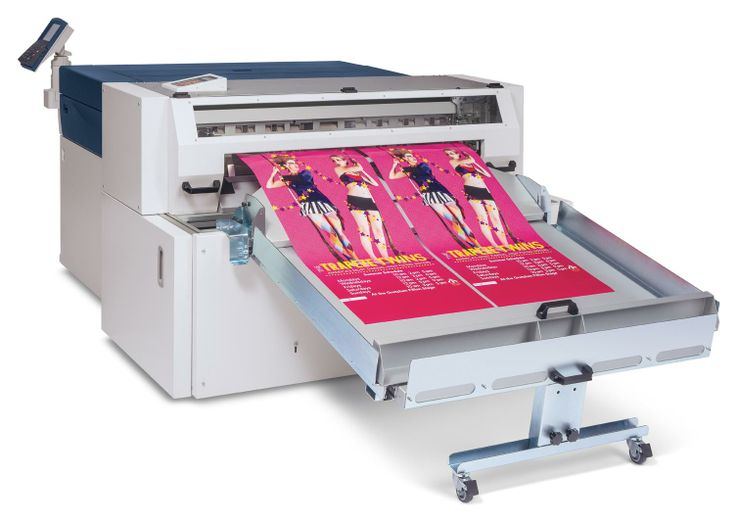 The Fotoba FHS42 Cutter runs in-line with the Xerox Wide Format IJP 2000 to increase automation and accelerate delivery speeds